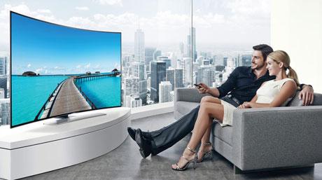 Televizoare cu Ecrane curbate ofera realism